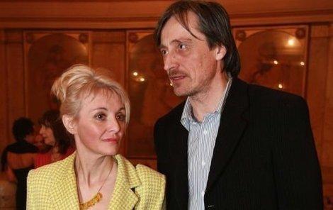 Manželství Veroniky Žilkové a Martina Stropnického prochází zřejmě první krizí.