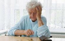 Kruté příběhy seniorů: Spolumajitel domu: Stařenku (77) zamyká a zavírá jí vodu!