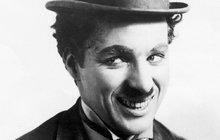 Sexuální skandály Charlieho Chaplina: Neukojitelný tyran rád prznil mladé masíčko!