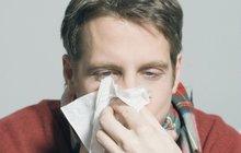 Změny počasí přinášejí otravnou rýmu! Jak se jí nejrychleji zbavit?