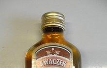 ZKONTROLUJTE SI ALKOHOL: Fotky 20 láhví, které neprošly testy na metanol!