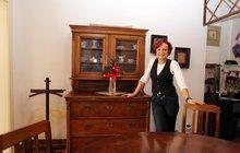 Zpěvačka Petra Janů rozdává svůj nábytek. Víme, co se děje!