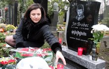 Zadlužená vdova Šárka Rezková: Vydělá na výročí úmrtí Jiřího Brabce!