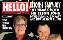 Čtyři chlapi na jedné fotce: Šťastná rodinka! Elton John ukázal druhého syna!