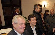 Budoucí prezident Miloš Zeman: Dostane pero za milion!