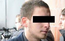 Zavražděná školačka se kamarádila s kriminálníky: Expříteli Petry (†15) hrozí 10 let basy!