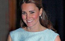 První těhotenské šaty princezny Kate: Vidíte, mám bříško!