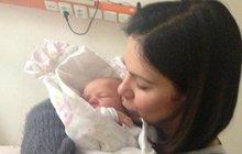 Zpěvačka Anna K. (47) chtěla dítě a teď ho má: S miminkem v náručí!