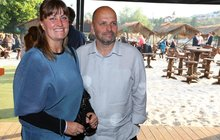 Dobře živená manželka Pohlreicha: Svlékat se chce jen na soukromé pláži!