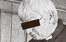 Farář z Vrchoviny (52): Znásilňoval kostelnici a točil porno s dítětem!