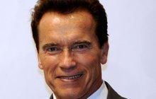 """Vilný Schwarzenegger: Musí ženskou """"ohnout"""" 5x denně!"""