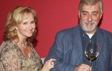 Jan Rosák s manželkou neoslavil výročí! Problémy ve vztahu?
