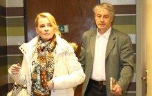 Svědectví ženy, která žila s Bartošovou a Rychtářem: O alkoholu, násilí i podivné taktice Pepy