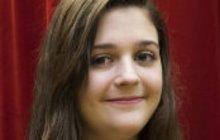 Dívka (15) trénovala v pokojíčku polykání: Otci se její koníček zdál podezřelý!