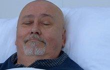 »Doktor Pantoflíček« Ota Jirák po operaci zad: V Ordinaci ho neuvidíme...