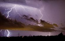 KUDY A KAM postupují bouřky? Sledujte aktuální situaci na mapě ZDE!