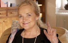 Gabriela Vránová měla 75. narozeniny a utekla před gratulanty! Stejně dostala česnekový dárek