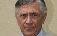 Petr Kostka (76) ohrožuje natáčení: Kvůli jeho nemoci přepisovali scénář!
