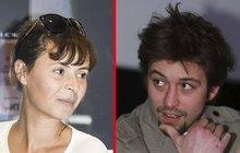 Smutná Lenka Vlasáková (42) : Zanedbává jí zajíček Dolanský (35)?