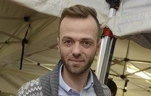 O tropických vedrech si může nechat jenom zdát! Lukáš Langmajer (36) si pro letní dovolenou s rodinou vybral Nizozemsko, kde se příliš neohřeje.