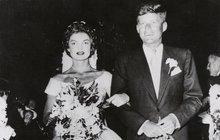 ODHALENÍ: Svatba Kennedyho s Jackie byla zřejmě neplatná! JFK byl bigamista