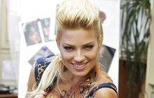 Úplná Božena Němcová! Sexbomba Perkausová (21) z TopStaru: Chrlí ze sebe jednu pohádku za druhou a ani se nezačervená!