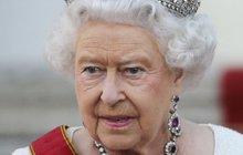 V královně bouchly saze: Děláš jen ostudu!