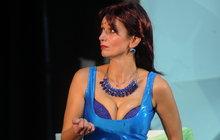 Gondíková v sexy plavkách: Ach, ten božský dekolt!