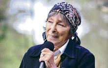 Ťukněte si s celebritou! Zpěvačka Hana Hegerová slaví 85!