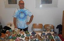 """Ivan Benetin (55) vyrábí """"umělecká"""" díla, která čistí a harmonizují prostředí i člověka. Orgonit vysaje negativní energie!"""