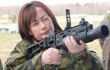 První dáma vojandou! Zemanové připíchli metál!