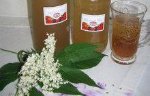 Voňavá a sladká: Bezinkovou limonádu podle receptu Jitky ze Strakonic si zamilujete!