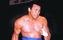Muhammad Ali (†74) se udusil: Poslední K.O. od Parkinsona!