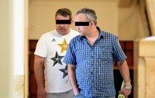 Gang zlodějů před soudem: Rozřezali 68 octavií!