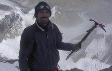 Čech vystoupil na Everest! Potvrdil to soud!