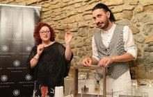 Italská parfemářka Angela Campagna (38) ručně vyrábí mystické vůně: Vyzkoušejte její parfémy podle tajných rituálů!