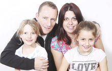 "Češka Dominika (38) se provdala do Velké Británie a říká: ""Manžela mám díky čaji!"""