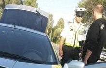 Jakub (23) spěchal do školy: Naboural policisty, ujížděl 22 km!