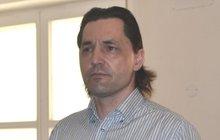 4 roky vězení pro falešného kominíka: Podvedl na tři sta lidí!