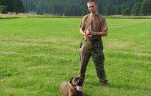 Jeden z nejlepších psovodů Česka: Chytil 34 zločinců, rakovina ho zabila ve 44 letech!