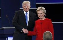 V Bílém domě se stárne rychleji?! Jak by funkce semlela Hillary či Trumpa?