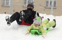 Na Česko se sype sníh ...a padat bude až do...!