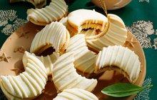 VÁNOČNÍ PEČENÍ: Je libo karamelové nebo spíše kakaové? Připravte dortíčky na šest způsobů!