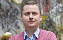 Léčitel Libor Bednařík (39) se věnuje měření energií a bylinkové terapii: Zdravotní stav pozná z vlasů!