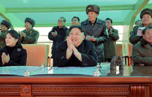 Žena diktátora KLDR Kim Čong-una žije! Po osmi měsících na veřejnosti