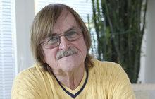 Karel Vágner (75) odtajnil své letní sídlo na Krétě!
