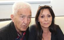 Nedávná smrt Věry Špinarové (†65)jejího někdejšího manžela doslova zdrtila. Jak moc, o tom promluvila jeho současná žena Heidi Janků (54).
