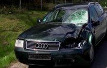 Opilého Skota smetlo auto. Dělal si »selfíčko« uprostřed dálnice!
