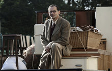 Jedna z hlavních hvězd nového filmu Po strništi bos Ondřej Vetchý (55) si zažil peklo s režisérem Janem Svěrákem (52). Ač se řadu let znají, Vetchému dával nositel Oscara za snímek Kolja pořádně zabrat.