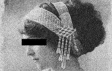 Zaměstnanec smíchovského pivovaru D. K. se na Nový rok 1936 pokusil neúspěšně zastřelit svou milou M. T. Když dostal košem, rozhodl se nevěrnici zavraždit. Žena střelbu naštěstí přežila.